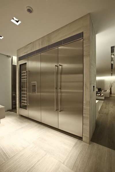 Design Hallway 2